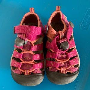 Kids keens size 9T. Waterproof. Pink and orange.